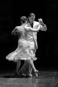 Mon chef ne me fait pas confiance : la danse systémique, Tango en noir et blanc