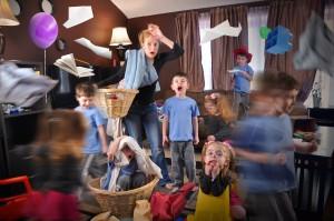 bienveillance éducative et maltraitance : maman et enfants